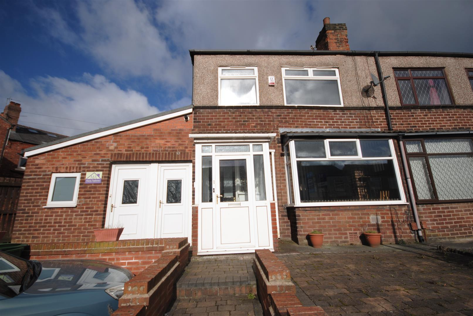 2 Bedrooms Semi Detached House for sale in Highfield Avenue, Wigan